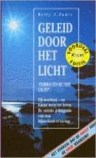 Geleid door het licht - Betty J. Eadie (ISBN 9789022981979)