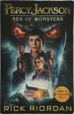 Percy Jackson and the Sea of Monsters. Film Tie-In - Rick Riordan (ISBN 9780141346137)
