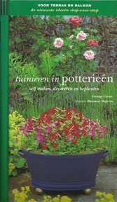 Tuinieren in potterieën - George Carter, Toria Leitch, P.M. Den Engelse (ISBN 9789061138426)