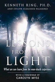 Lessons from the Light - Kenneth Ring, Evelyn Elsaesser Valarino (ISBN 9781930491113)