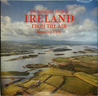 The Aerofilms Book of Ireland from the Air - Benedict Kiely (ISBN 9780297787303)