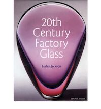 20th Century Factory Glass - Lesley Jackson (ISBN 9781857322675)