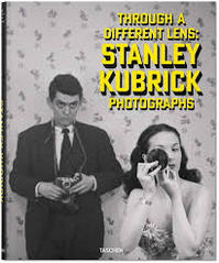 Stanley Kubrick: Photographs - Through a Different Lens - Luc Sante, Sean Corcoran, Donald Albrecht (ISBN 9783836572323)