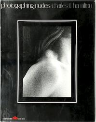Photographing nudes - Charles F. Hamilton (ISBN 0136652654)